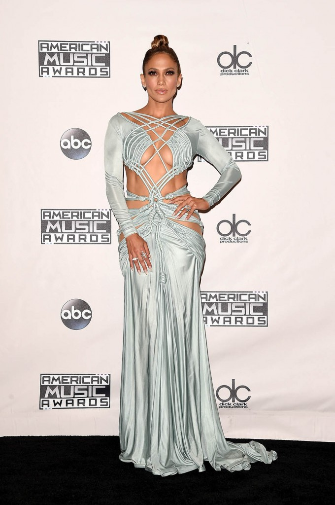 LOS ANGELES, CA - NOVEMBER 22: Host Jennifer Lopez poses in the press room during the 2015 American Music Awards at Microsoft Theater on November 22, 2015 in Los Angeles, California. Jason Merritt/Getty Images/AFP