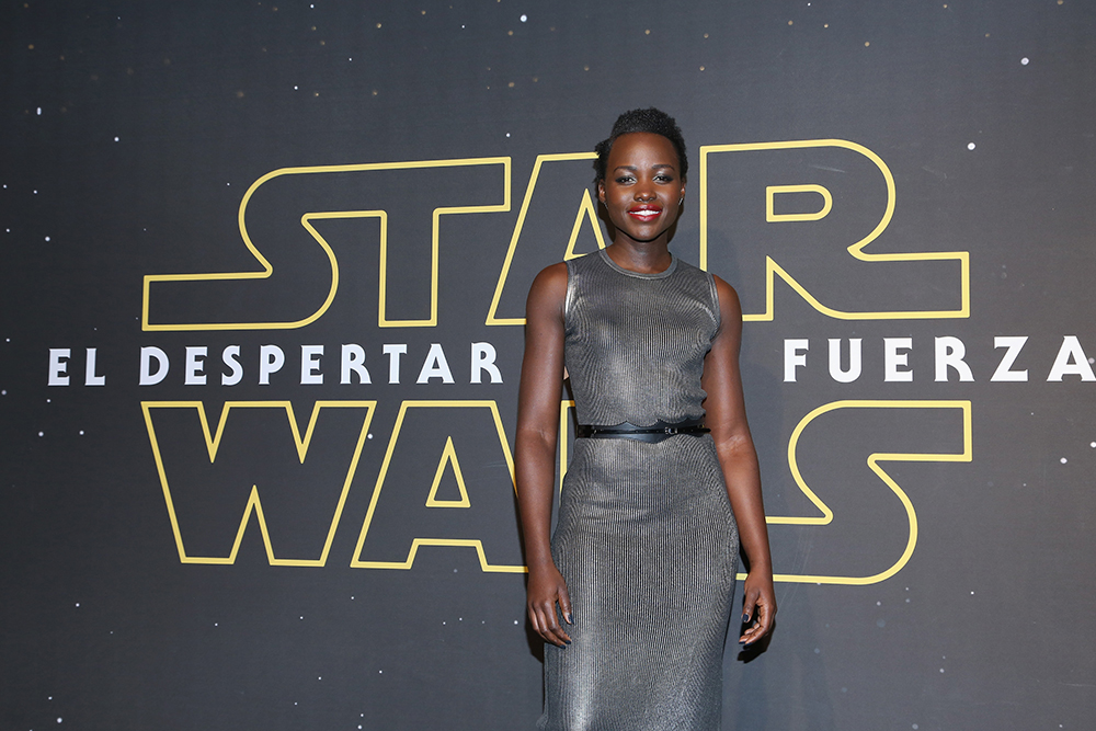 """MEXICO CITY, MEXICO - DECEMBER 08: Actress Lupita Nyong'o attends the """"Star Wars: The Force Awakens"""" Mexico City premiere fan event at Cinemex Antara Polanco on December 8, 2015 in Mexico City, Mexico.   Victor Chavez/Getty Images for Walt Disney Studios'/AFP"""