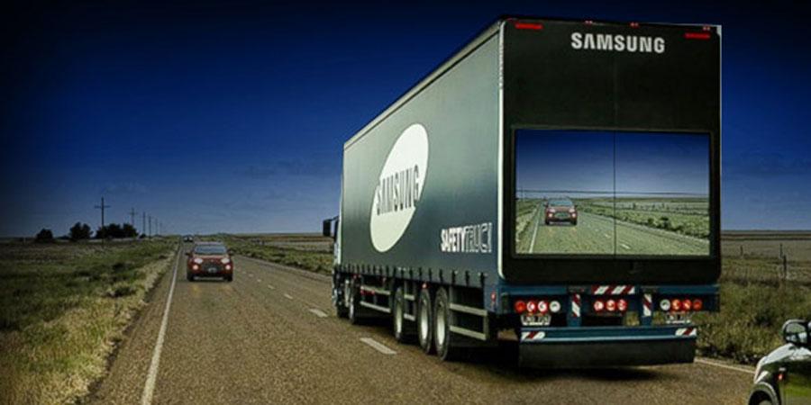 Camion transparente