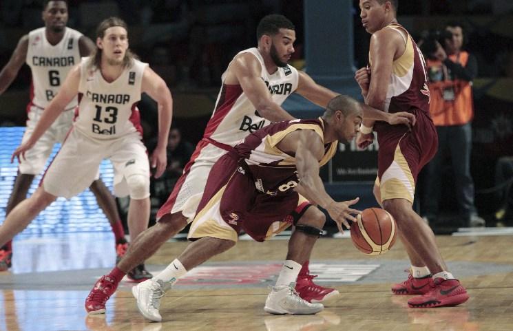 La selección venezolana de baloncesto perdió el tercer juego ante Canadá 82-62, en el Torneo Preolímpico FIBA México 2015. (3 de septiembre 2015)