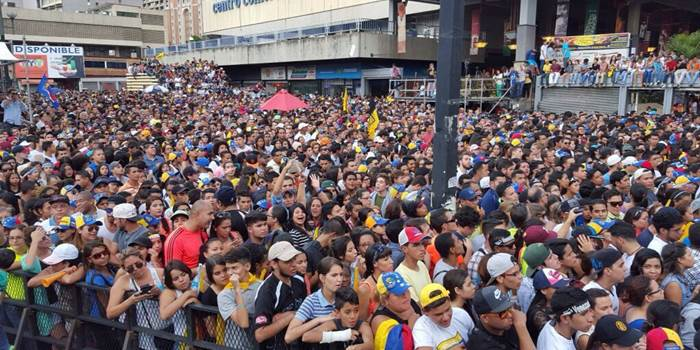 Celebracion-MUD-Chacaito