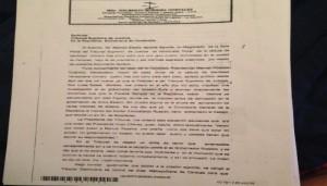 Documento de que fue levantada la alerta roja de interpol