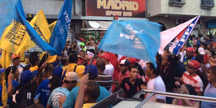 Agresión PSUV a Maria Corina Machado en Aragua