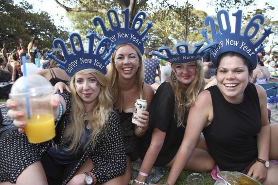 New_Years_Eve_Sydney_Harbour-07348_20151231090048-kbcH--572x382@LaVanguardia-Web