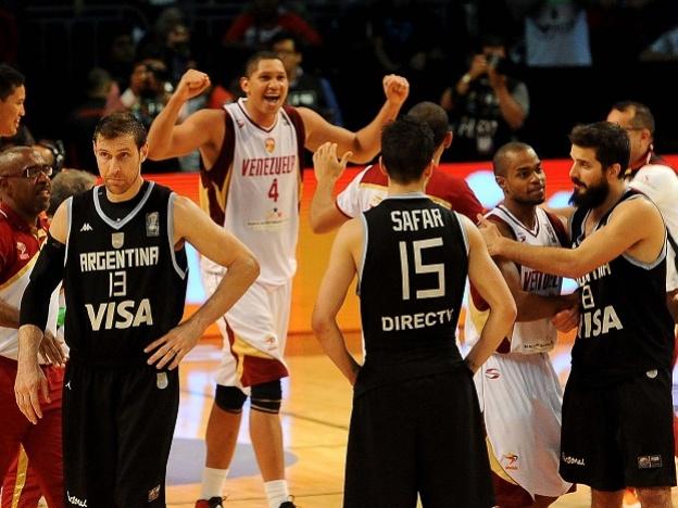 Venezuela derroto 76-71 Argentina en la final del Preolímpico.