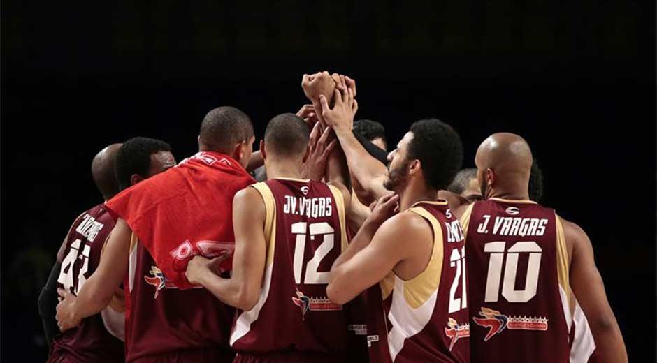 La selección venezolana de baloncesto masculino derrotó a República Dominicana en el inicio de la segunda ronda del Torneo Preolímpico. (6 de Septiembre 2015)